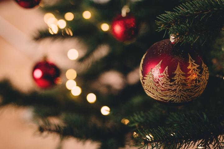 Blogmas #2 – 6 Ways I'm bringing Christmas to AbuDhabi